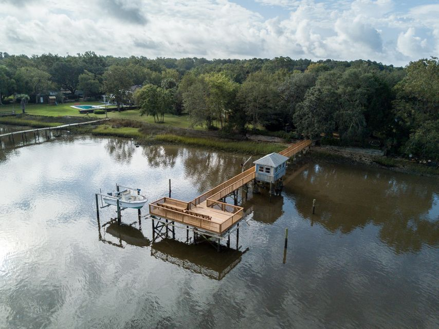 1107  River Road Johns Island, SC 29455