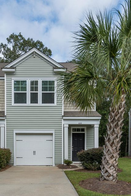 1632  Saint Johns Parrish Way Johns Island, SC 29455