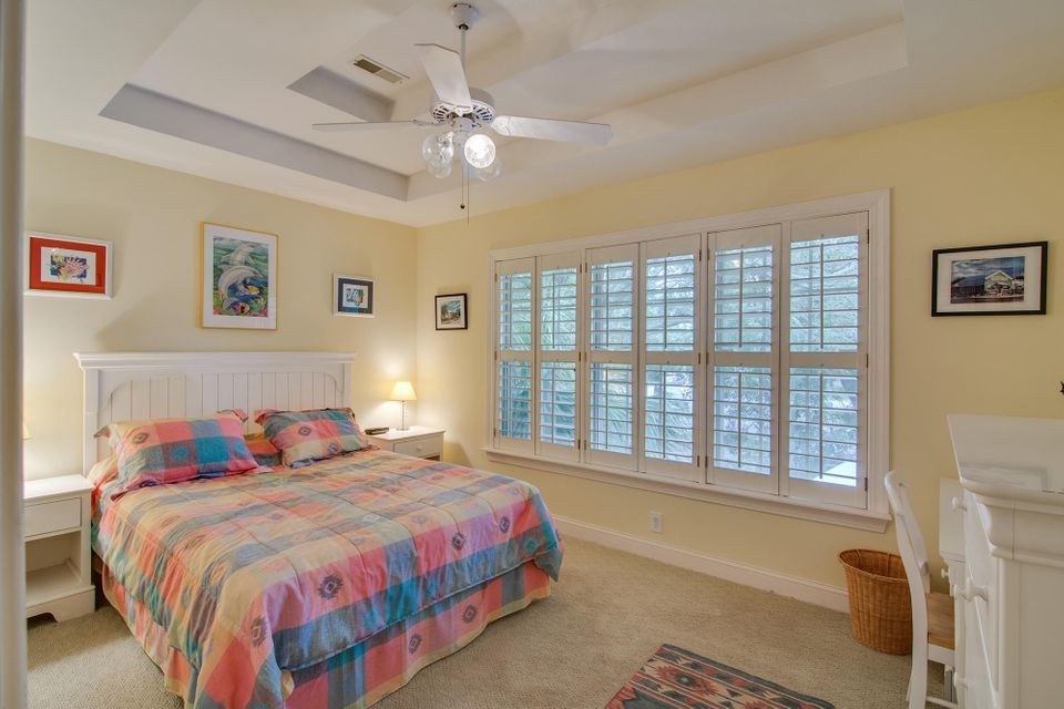 36 Beachwood W Isle Of Palms, SC 29451