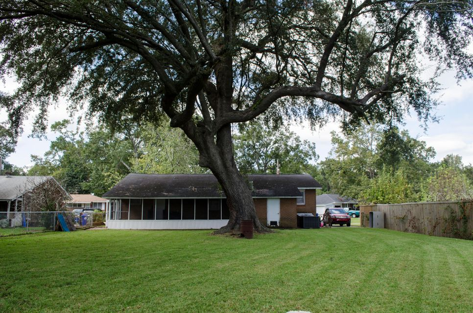 5180  Monterey Street North Charleston, SC 29405
