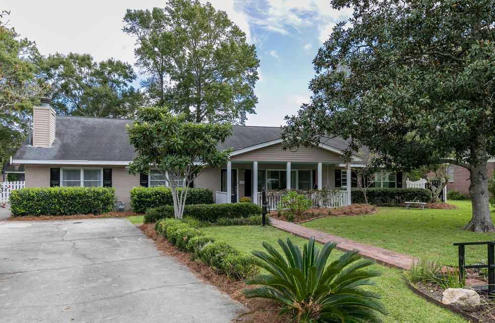 324  Parkwood Estates Drive Charleston, SC 29407