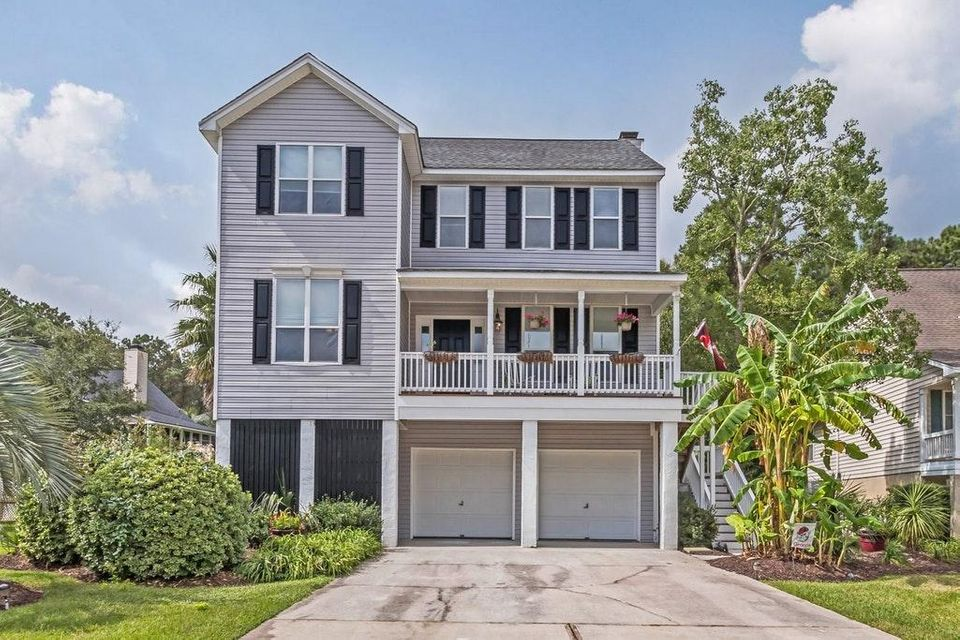 1335 River Otter Court Mount Pleasant, SC 29466