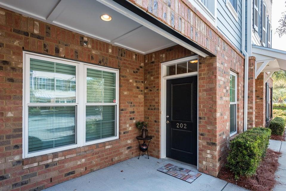 656 Coleman Boulevard Mount Pleasant, SC 29464