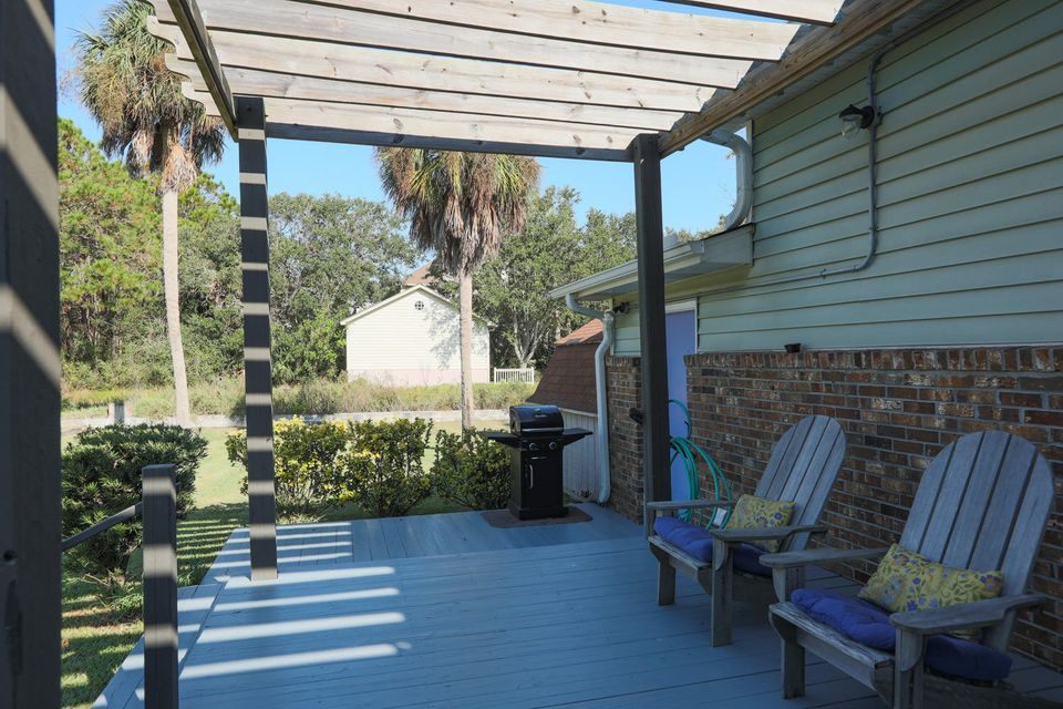 314 W Cooper Avenue Folly Beach, SC 29439