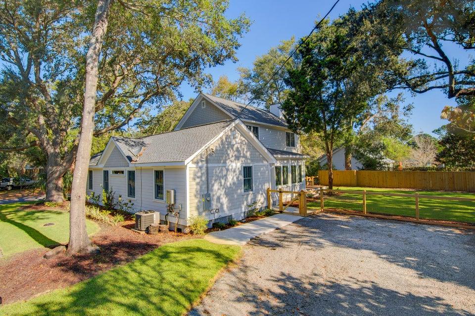 1314  Erckmann Drive Mount Pleasant, SC 29464