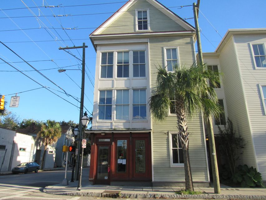 207  St Philip Street Charleston, SC 29403
