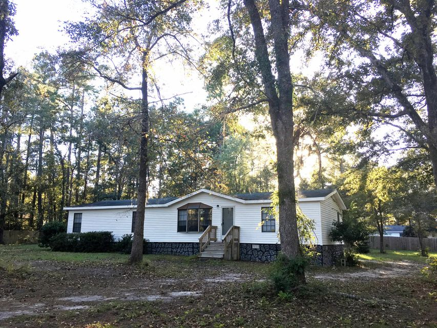 204  Ridge Lake Road Summerville, SC 29483