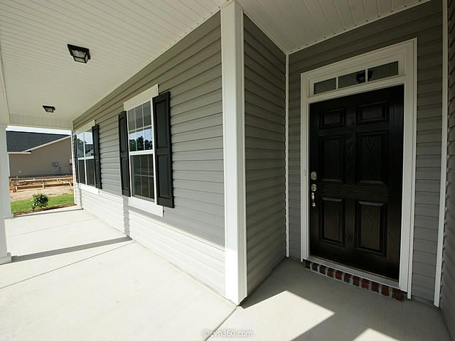 108  Kahlers Way Summerville, SC 29483
