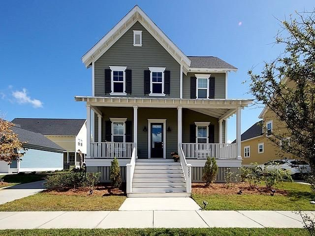 1551  Harriman Street Mount Pleasant, SC 29466