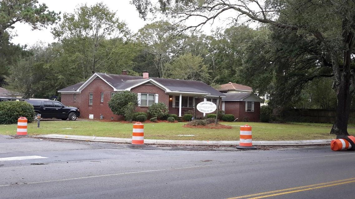 1623  Camp Road Charleston, SC 29412