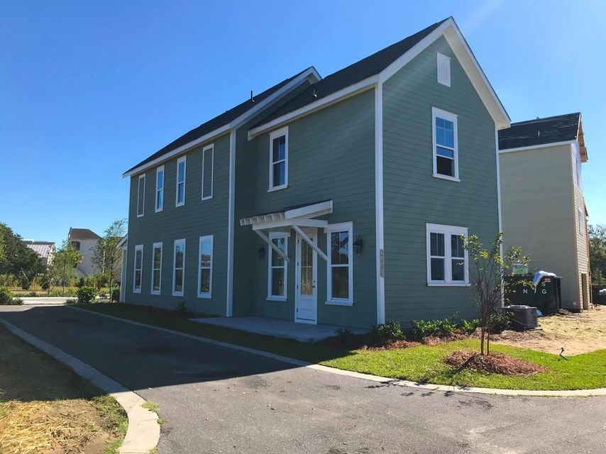 1606  Athena Lane North Charleston, SC 29405