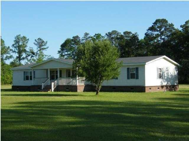 6892  Parkers Ferry Road Adams Run, SC 29426
