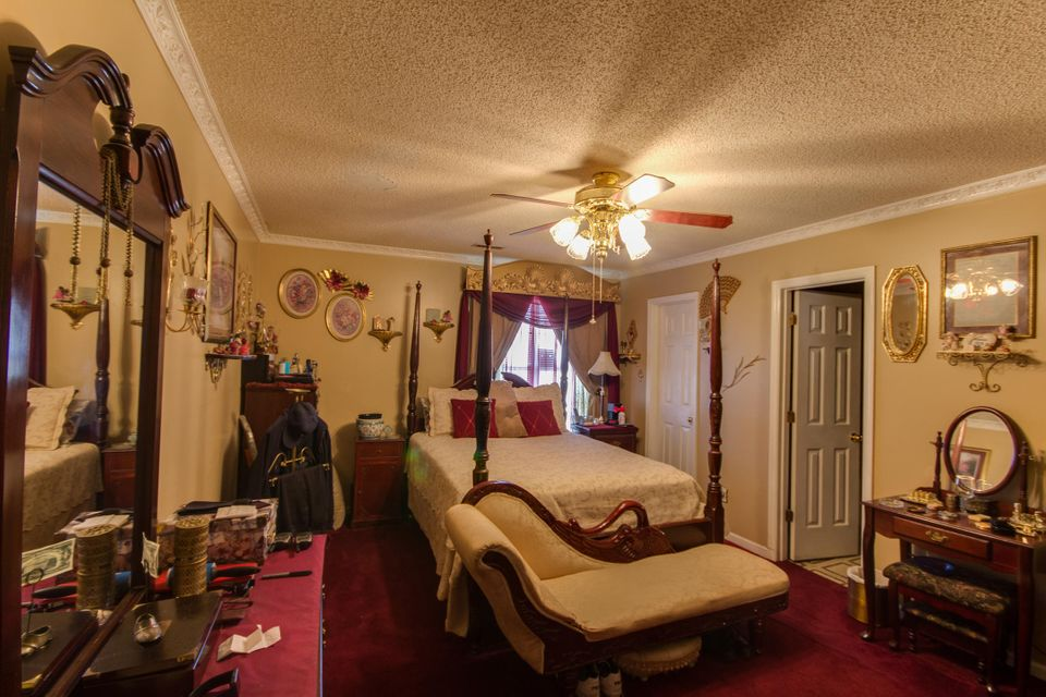 8626  Bentwood Drive North Charleston, SC 29406