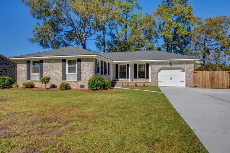 105 Hedge Row Goose Creek, SC 29445