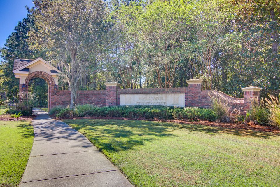 1660 Rivertowne Country Club Drive Mount Pleasant, SC 29466