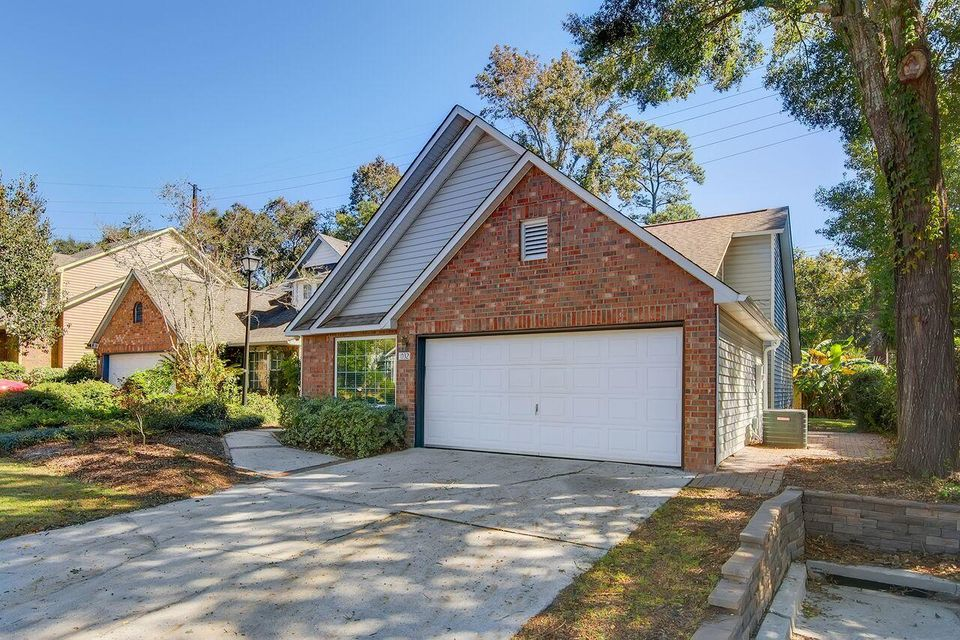 1032 Provincial Circle Mount Pleasant, SC 29464