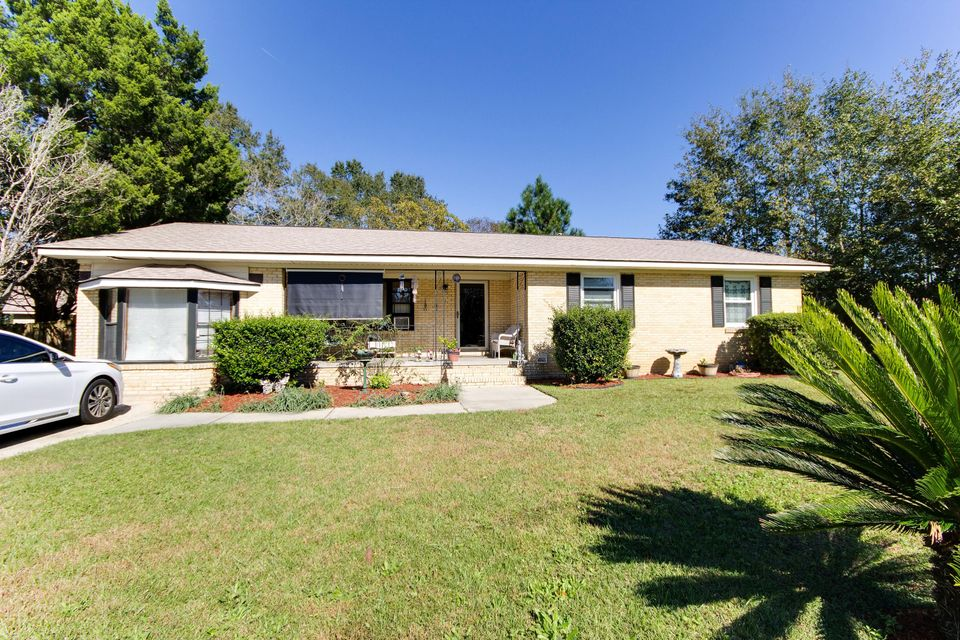 1  Prestwick Circle Goose Creek, SC 29445