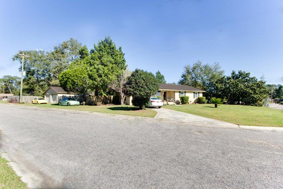 1  Prestwick Circle Goose Creek, SC 29445