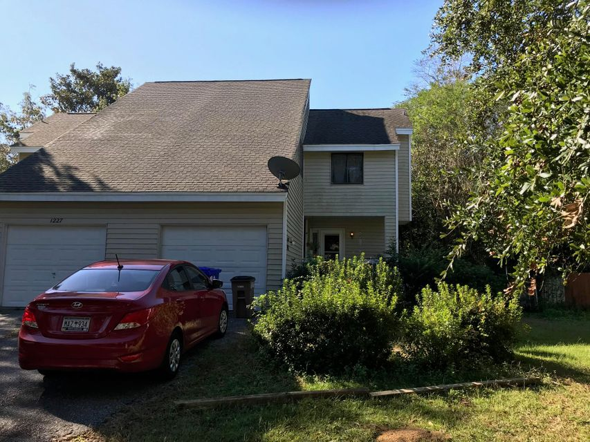 1229  Valley Forge Drive Charleston, SC 29412