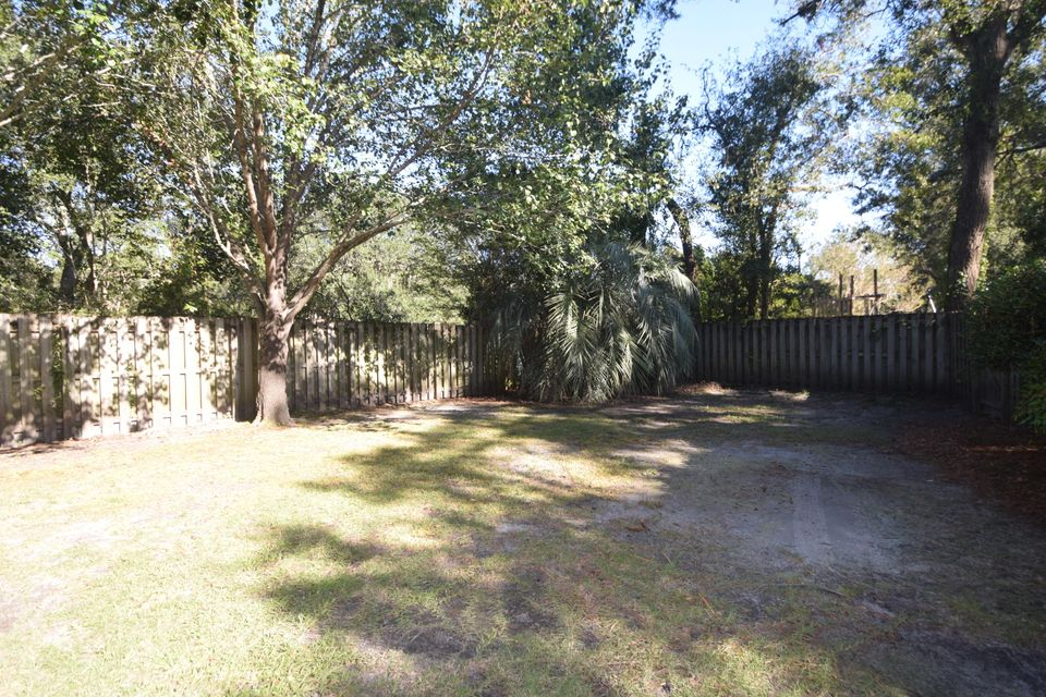 14  Hunters Forest Drive Charleston, SC 29414