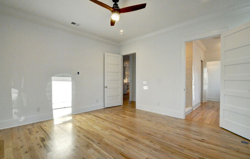 706  Simmons Street Mount Pleasant, SC 29464