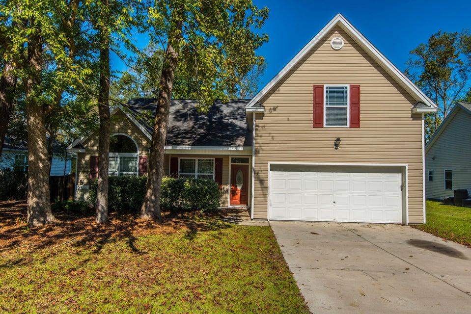 228 E Edgefield Drive Summerville, SC 29483