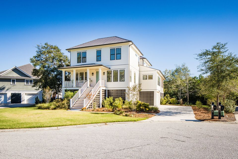 1790  Canyon Oaks Drive Mount Pleasant, SC 29464