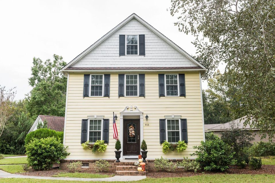 915  Law Lane Mount Pleasant, SC 29464
