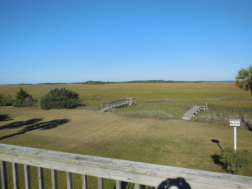 1686 E Ashley Avenue Folly Beach, SC 29439