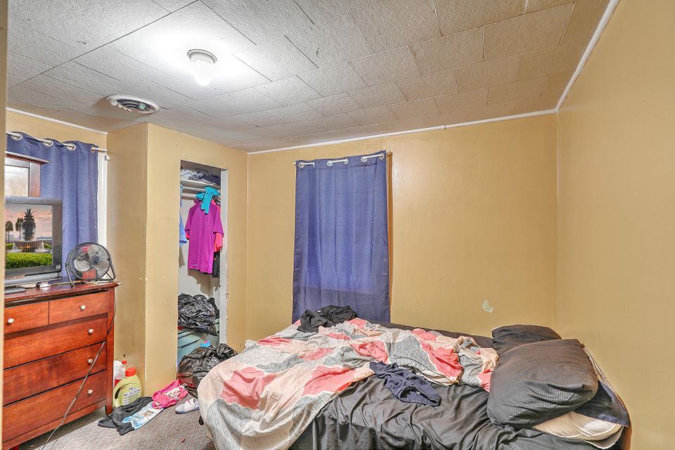 2230  Margaret Drive North Charleston, SC 29406