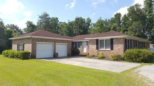 137  Belle Circle Harleyville, SC 29448