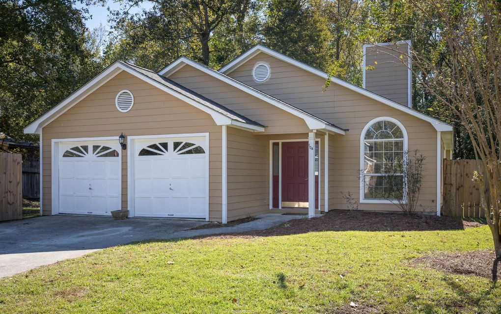 104  Pryors Lane Summerville, SC 29485
