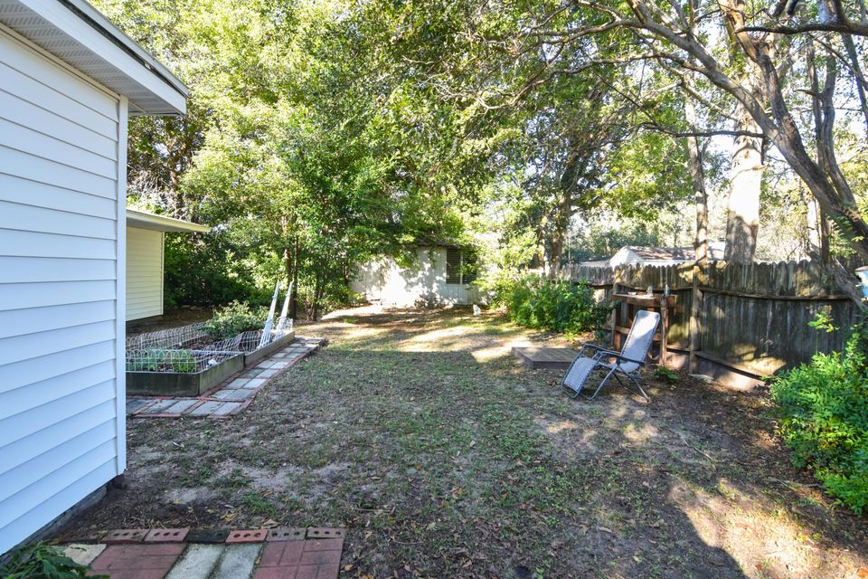 1714  Daytona Drive Charleston, SC 29407