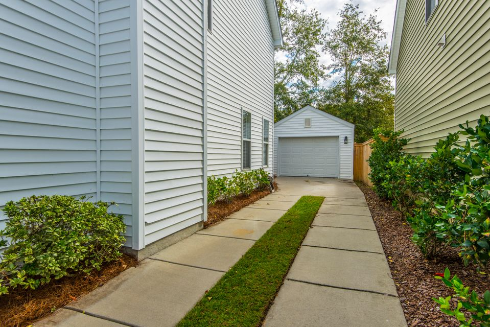1688  Bee Balm Road Johns Island, SC 29455