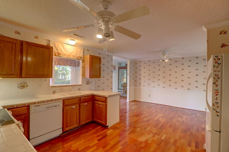 9150 Spring Branch Court North Charleston, SC 29406