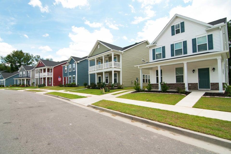 1611 Roustabout Way Charleston, SC 29414