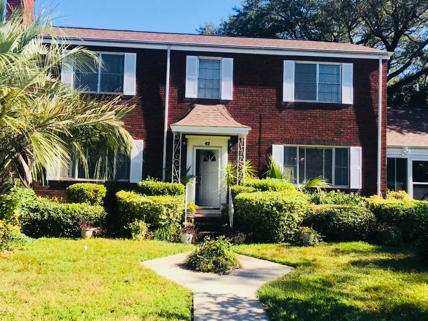 42  6TH Avenue Charleston, SC 29403