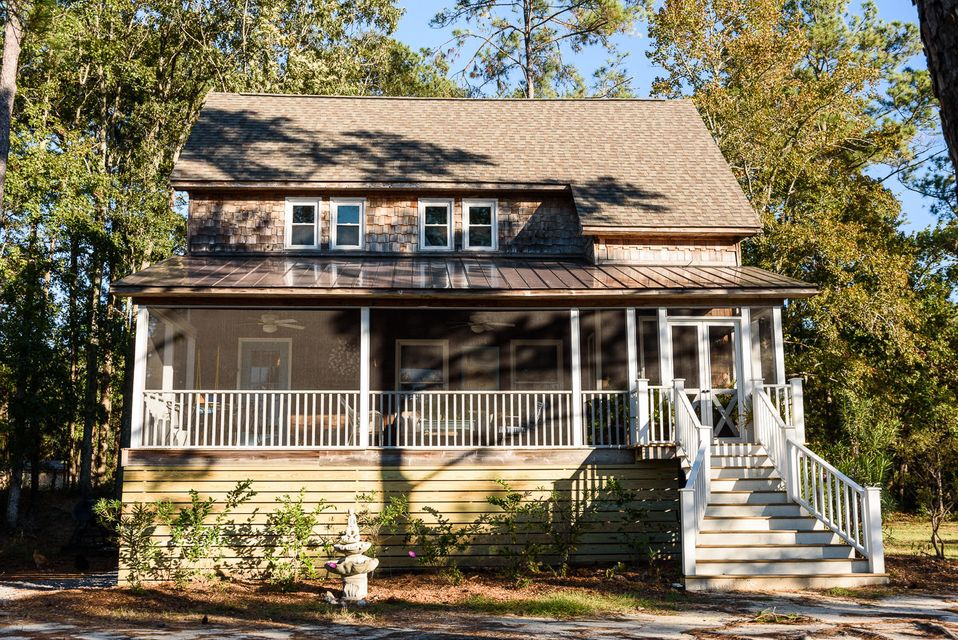 1711  Yellow House Road Wadmalaw Island, SC 29487