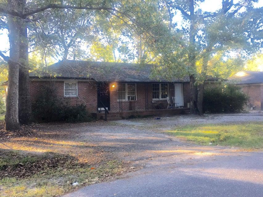 7665  Winchester Street North Charleston, SC 29420