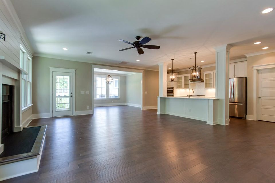 490 Woodspring Road Mount Pleasant, SC 29466