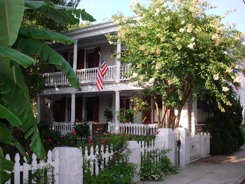 166  Tradd Street Charleston, SC 29401
