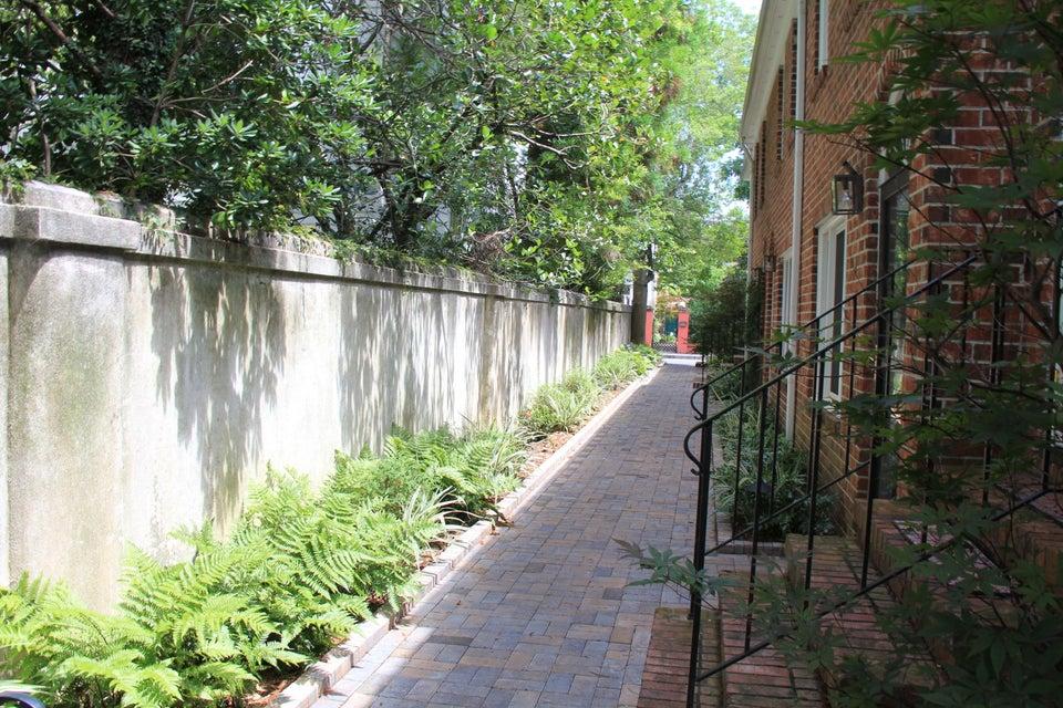 12 George Street Charleston, SC 29401