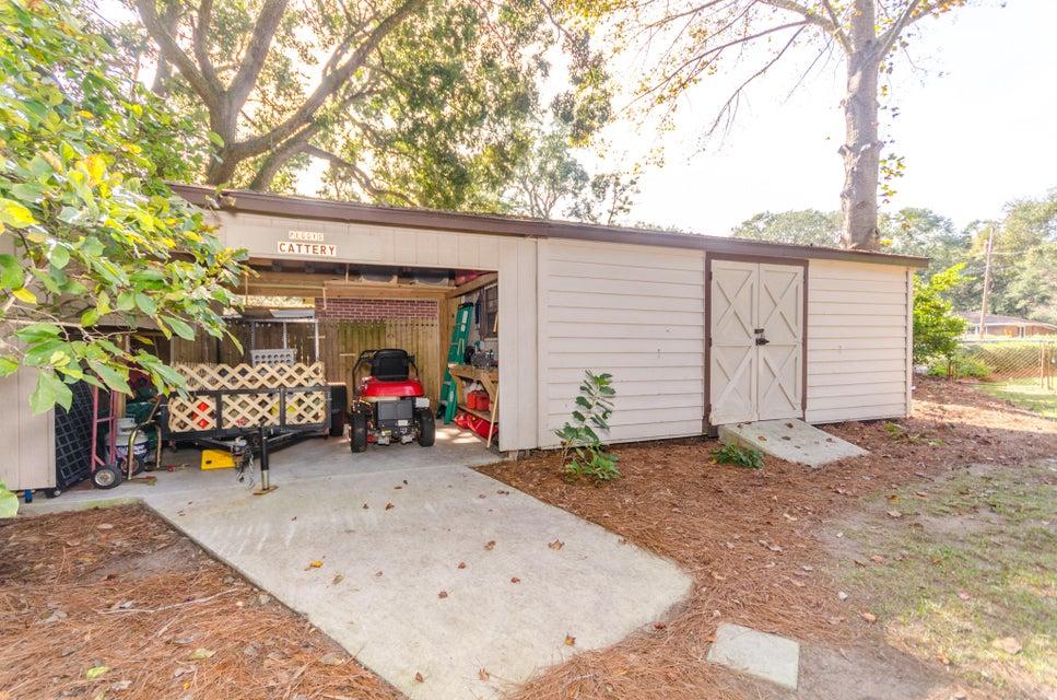 830  Burnett Drive Charleston, SC 29412