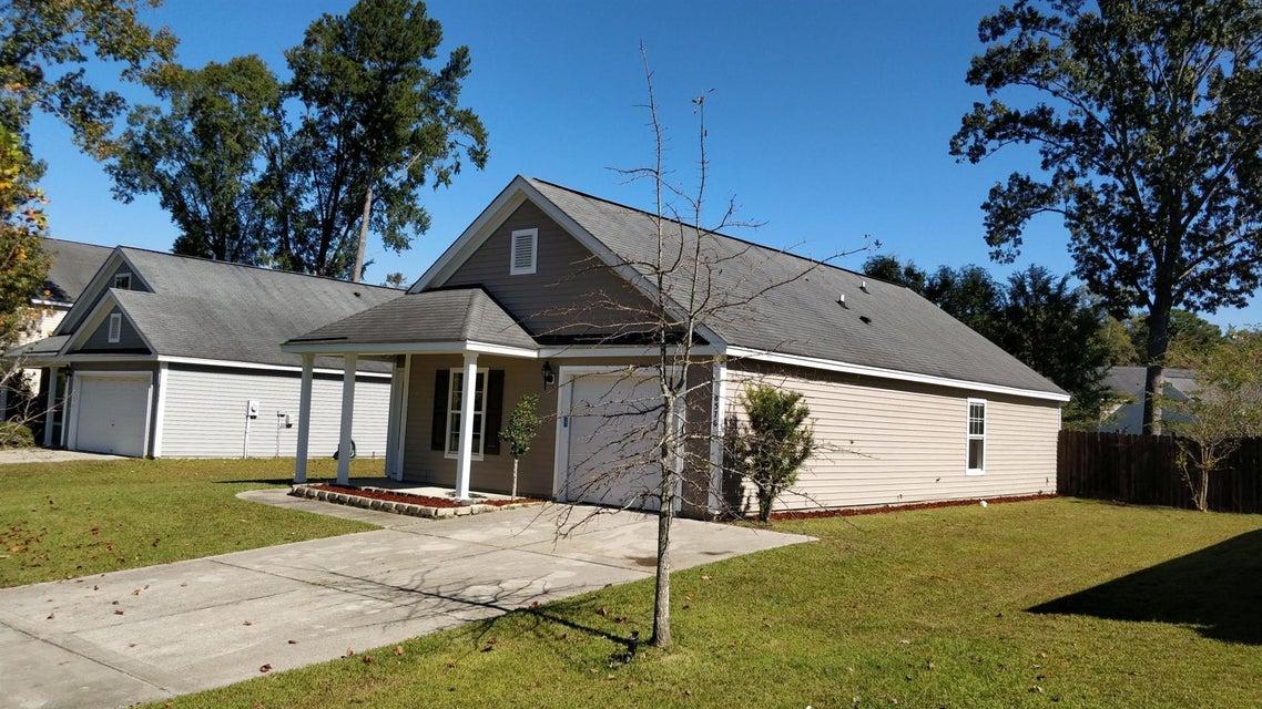 8576  Chloe Lane North Charleston, SC 29406