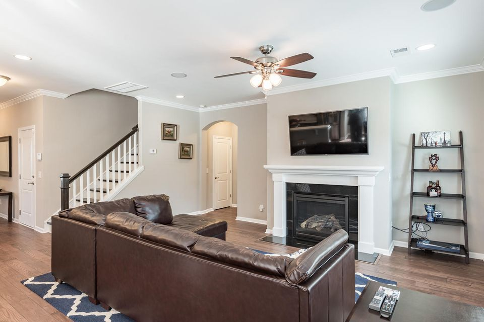 3817  Hanoverian Drive Mount Pleasant, SC 29466
