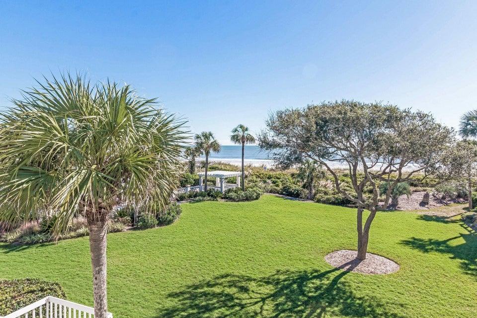 25  Beach Club Isle Of Palms, SC 29451