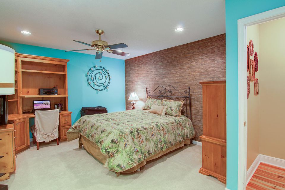 8774  Adaline Street North Charleston, SC 29406