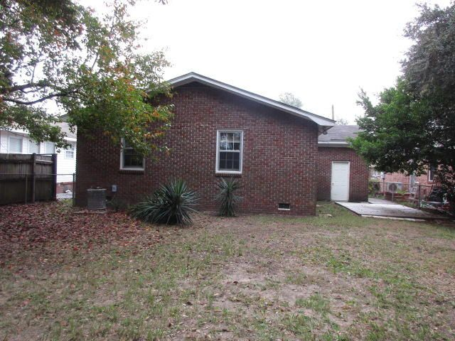 3868  Walnut Street North Charleston, SC 29405