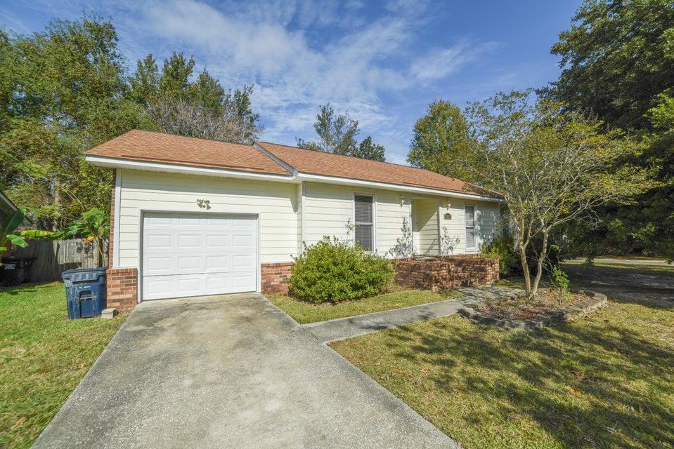 8215 N Ridgebrook Drive North Charleston, SC 29420