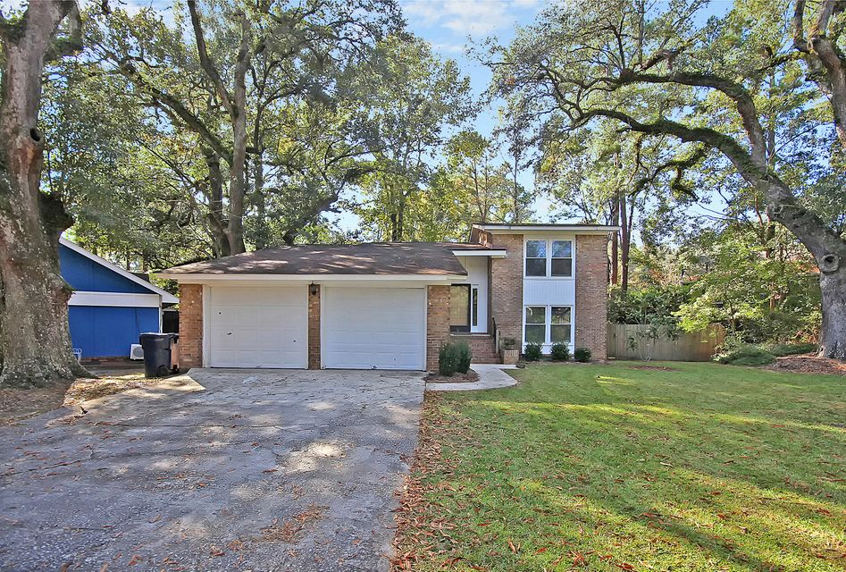 102  Wicker Court North Charleston, SC 29418